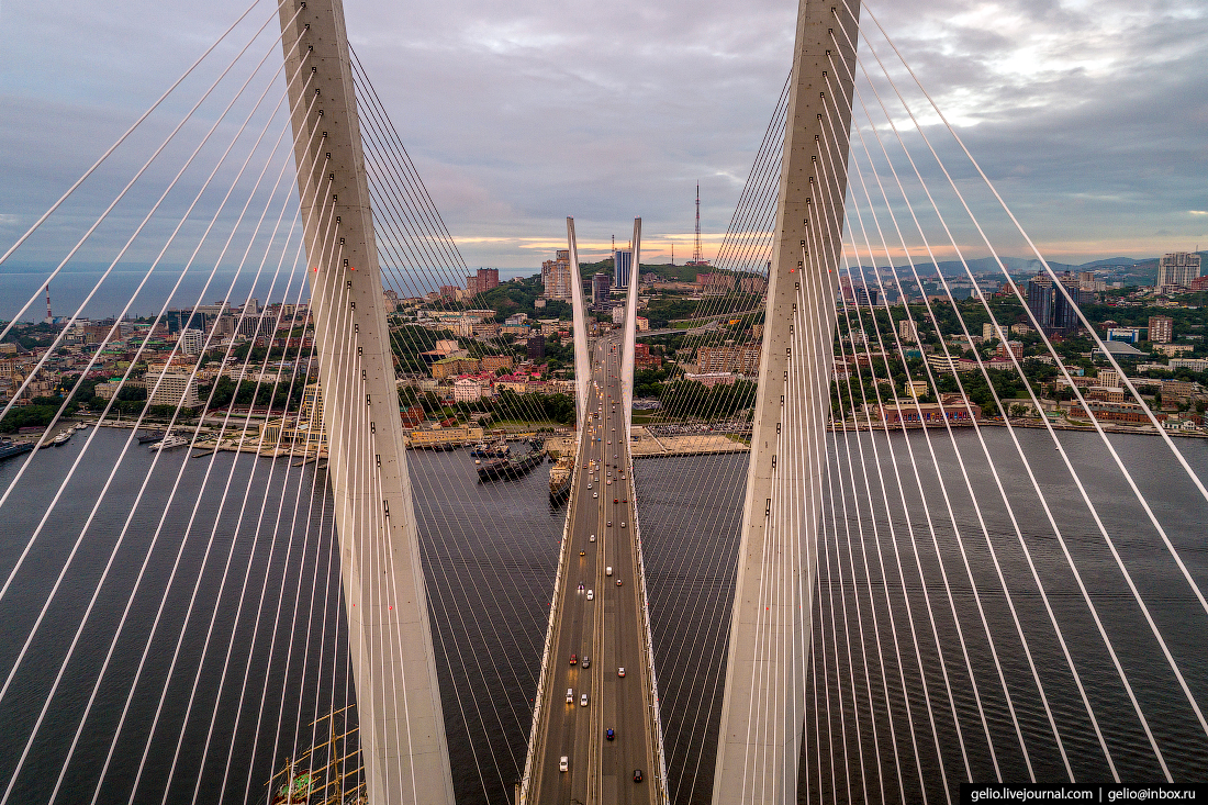 Золотой мост во Владивостоке
