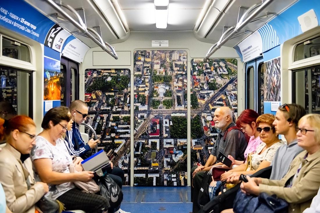 выставка в метро