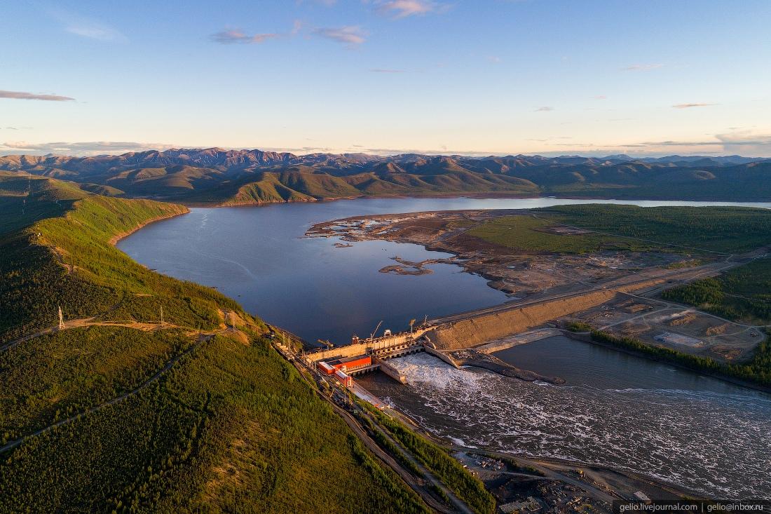 Строящаяся Усть-Среднеканской ГЭС