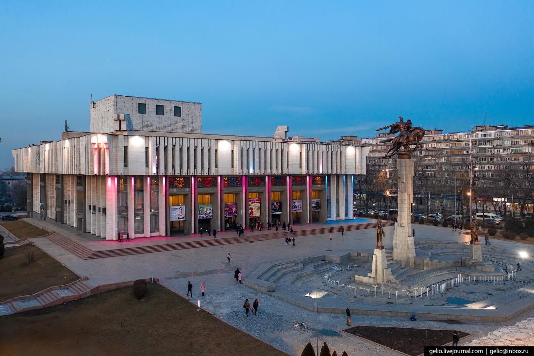 Bishkek Бишкек с высоты Кыргызская государственная филармония