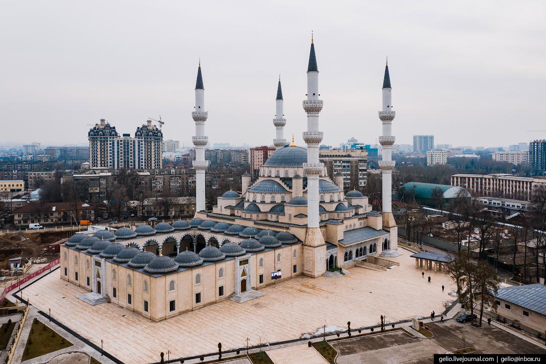 Bishkek Бишкек с высоты Имам Сарахси мечеть