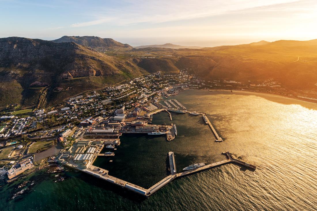 ЮАР Кейптаун с высоты Саймонстаун