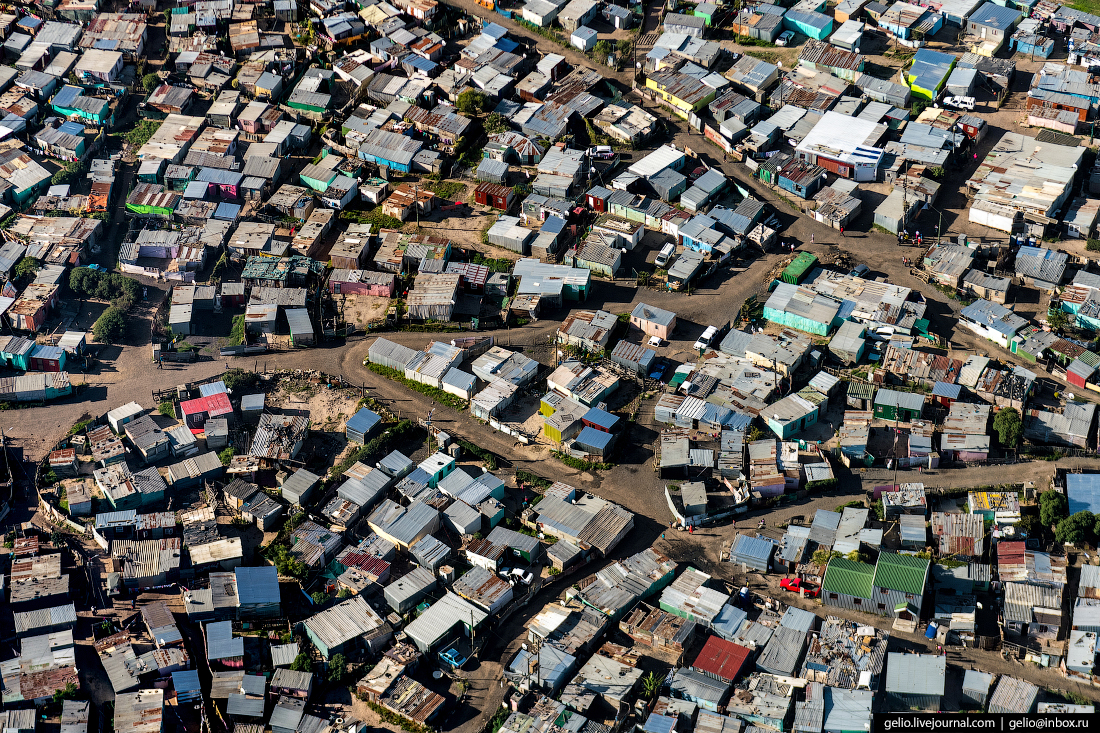 ЮАР Кейптаун с высоты KTC township