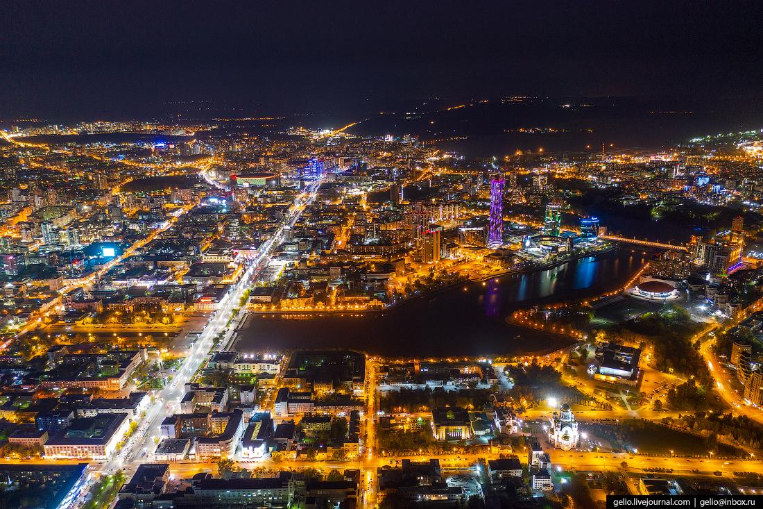 Виды Екатеринбург с высоты ночной город