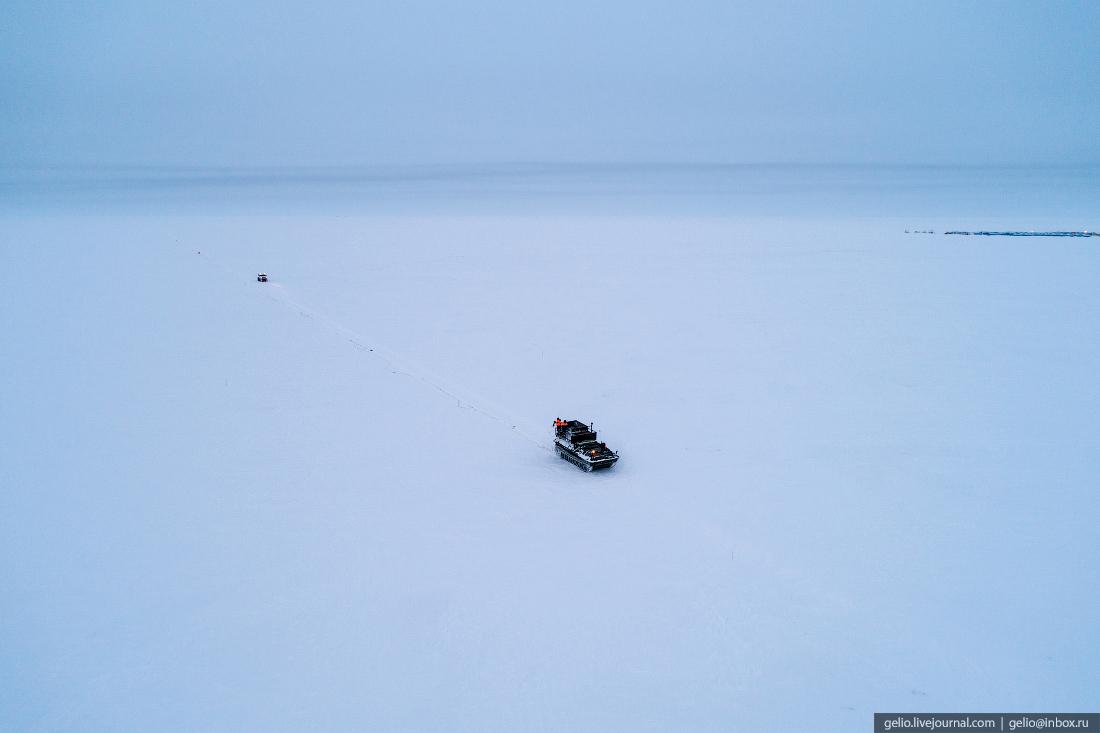 Гусеничный вездеход, поиск разведка нефти, крайний север, сейсморазведка
