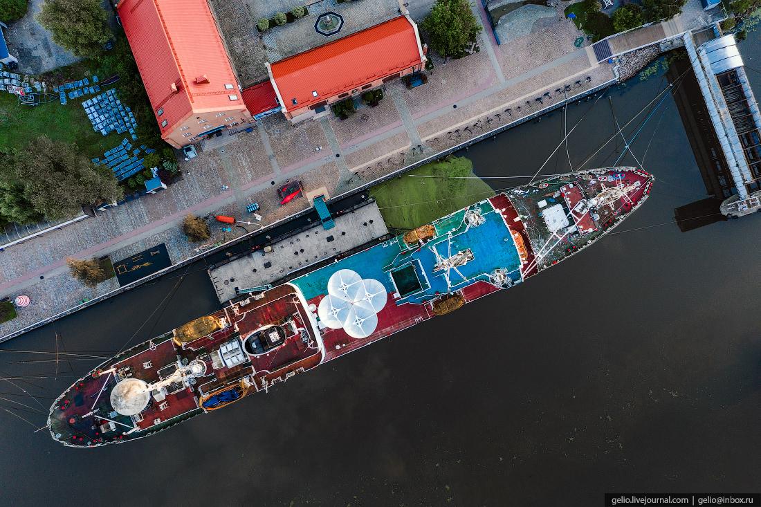 калининград, калининград с высоты, Музей Мирового океана, Космонавт Виктор Пацаев, теплоход, корабль