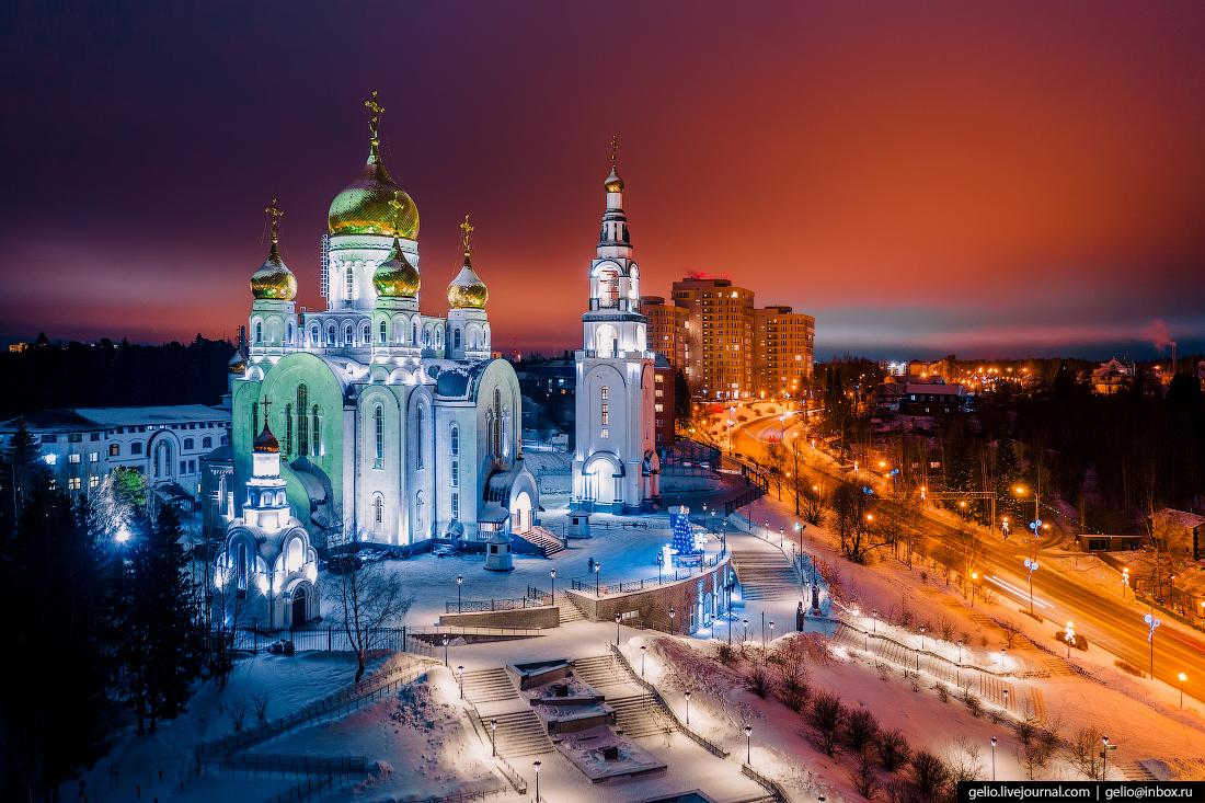 Ханты-Мансийск с высоты Храм Воскресения Христова