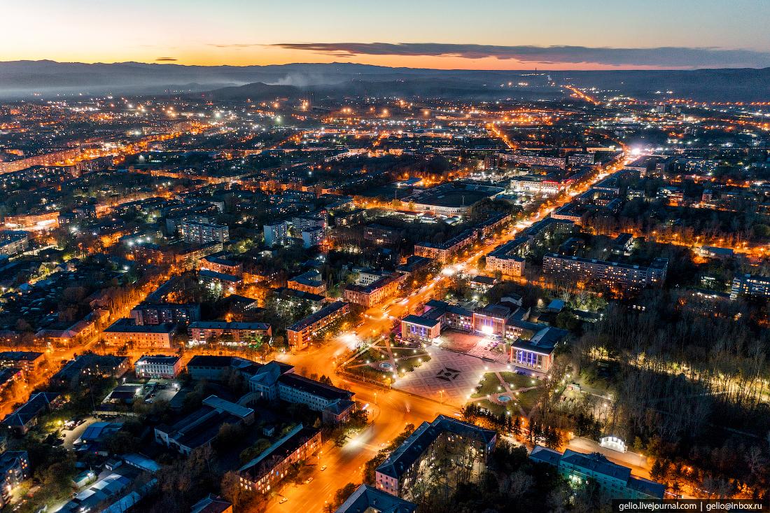 Комсомольск-на-Амуре с высоты, комса, Площадь Юности