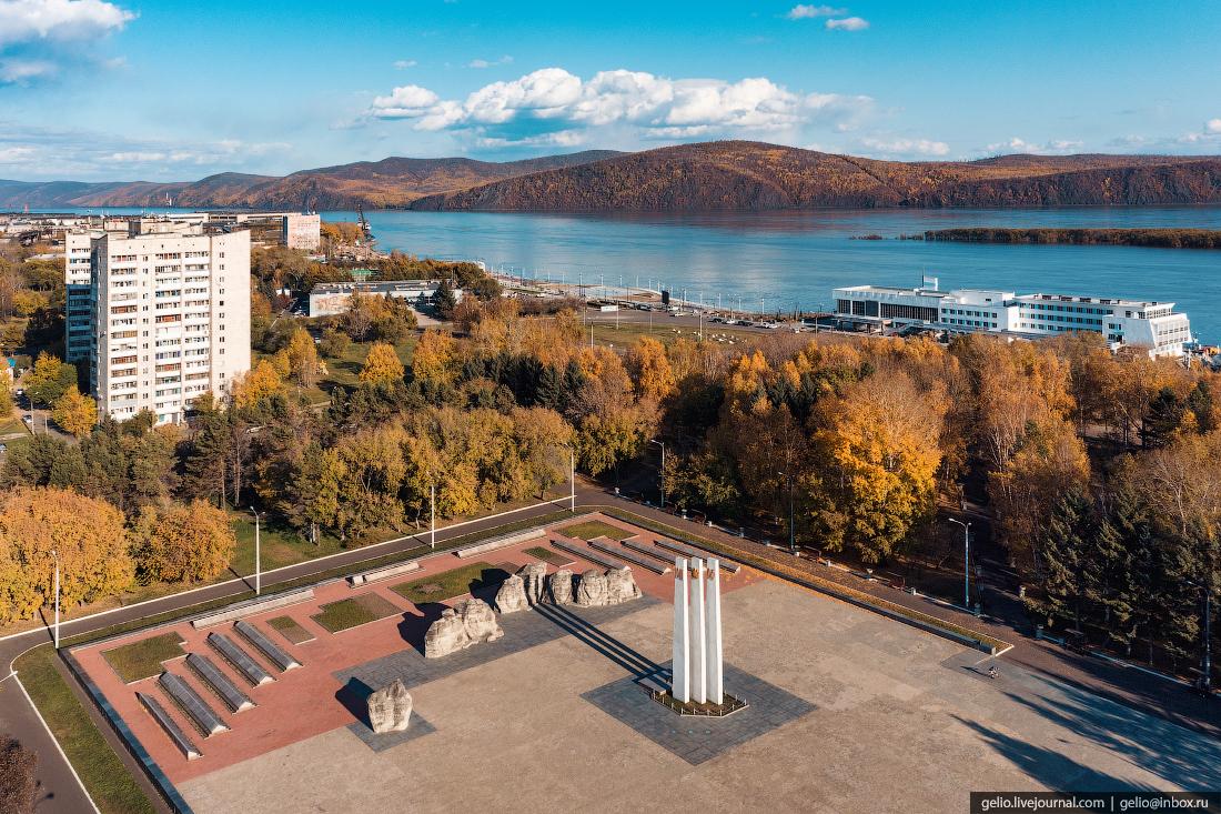 Комсомольск-на-Амуре с высоты, комса, мемориал, война
