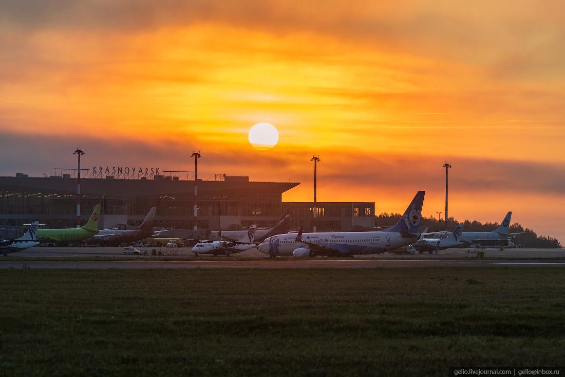 Аэропорт Красноярск Емельяново Boeing-747-8F