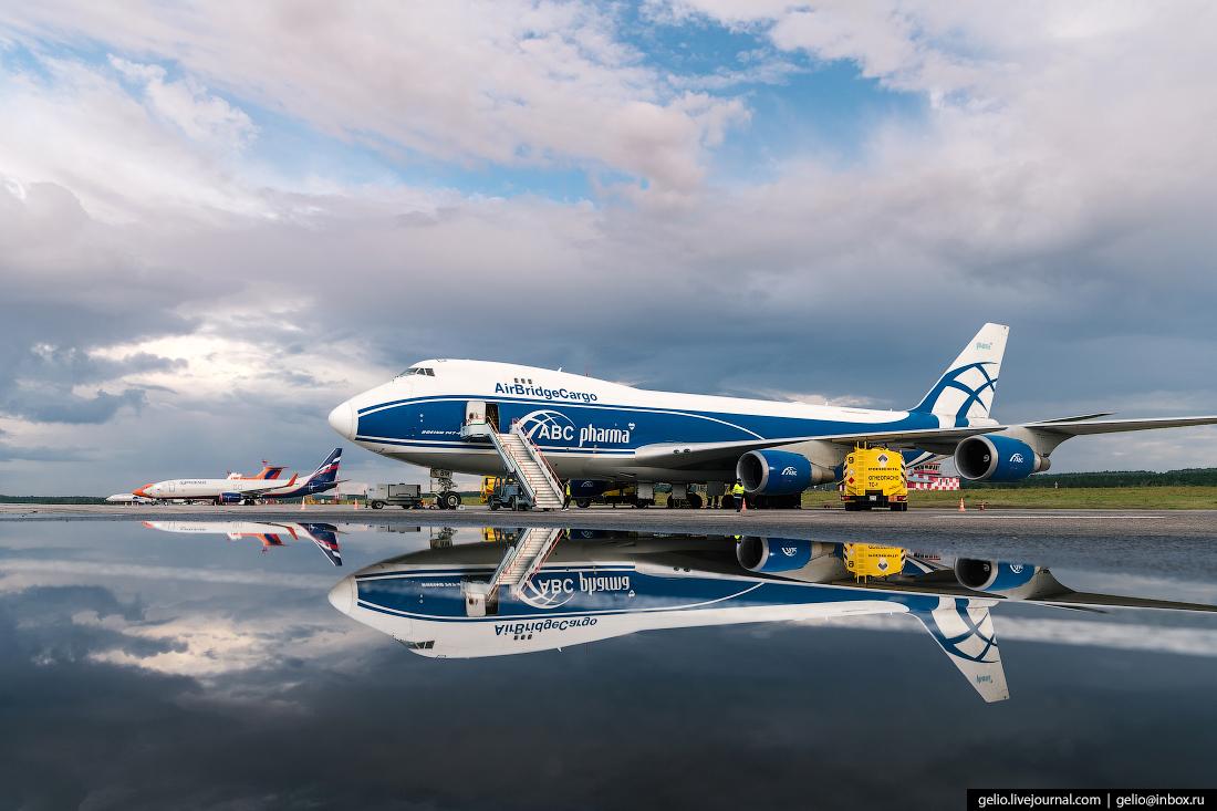 Аэропорт Красноярск Емельяново грузовые Boeing 747 авиакомпания AirBridgeCargo