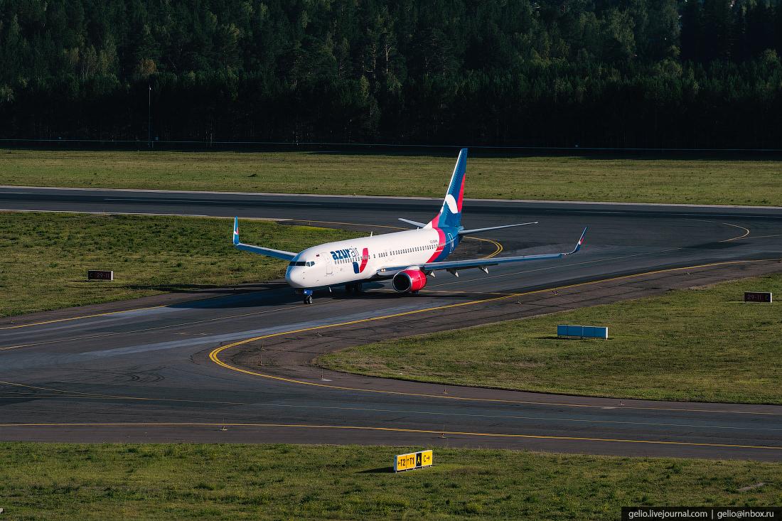 Аэропорт Красноярск Емельяново Boeing 737-800