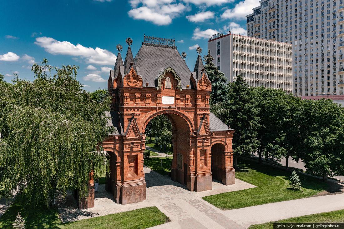 краснодар, Александровская Триумфальная арка, царские ворота