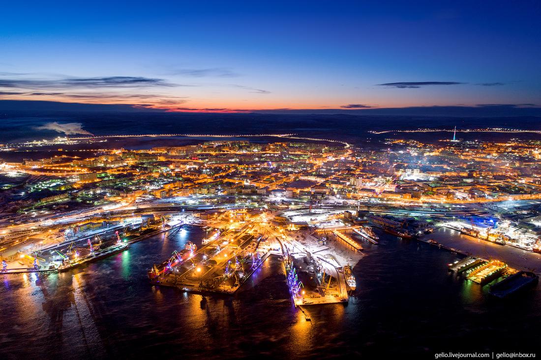 фото Мурманска с высоты, морской порт