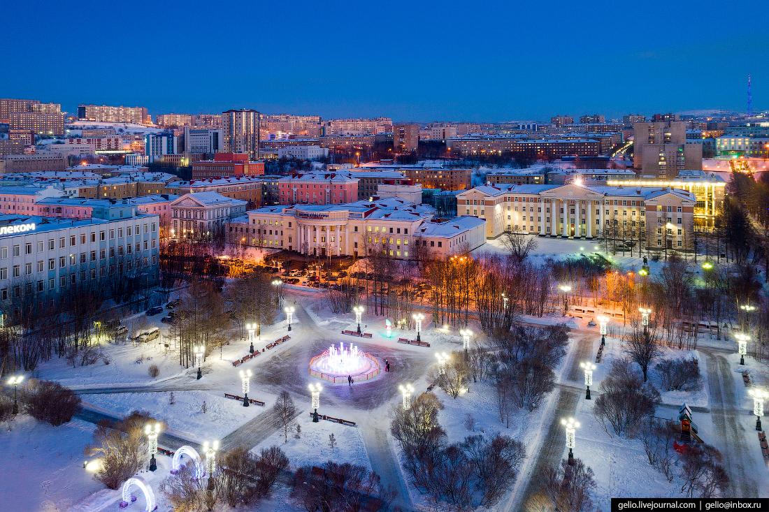 фото Мурманска с высоты, Центральный сквер, пять углов