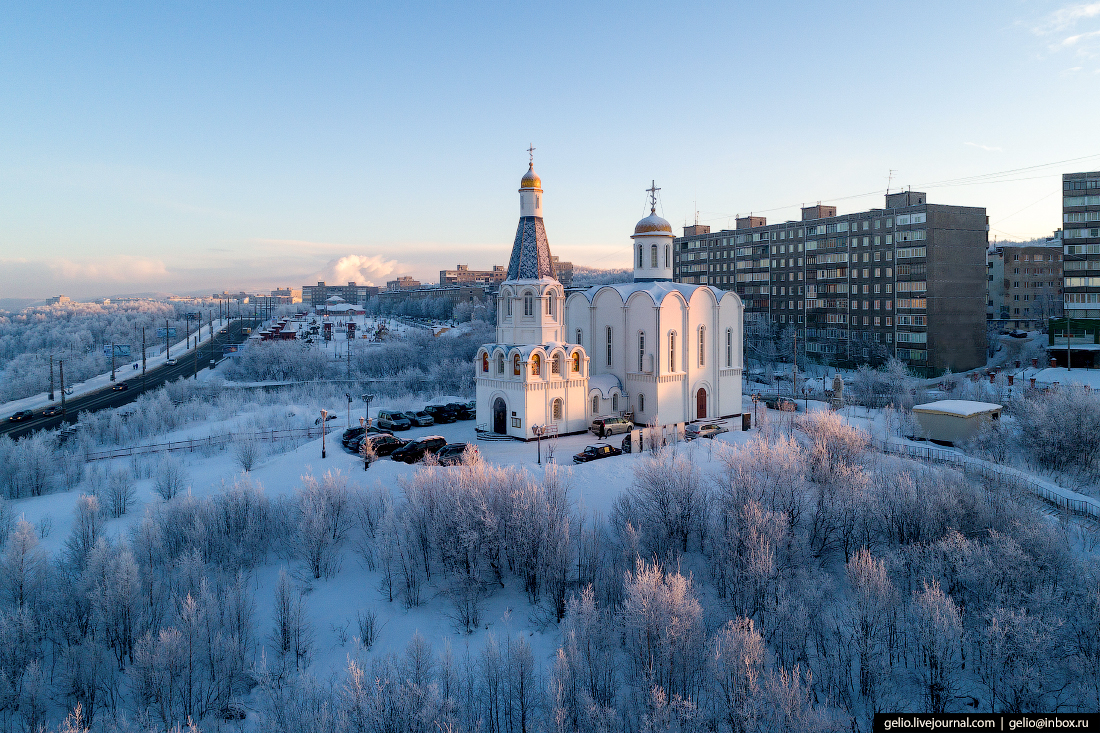 фото Мурманска с высоты, Храм Спаса-на-Водах