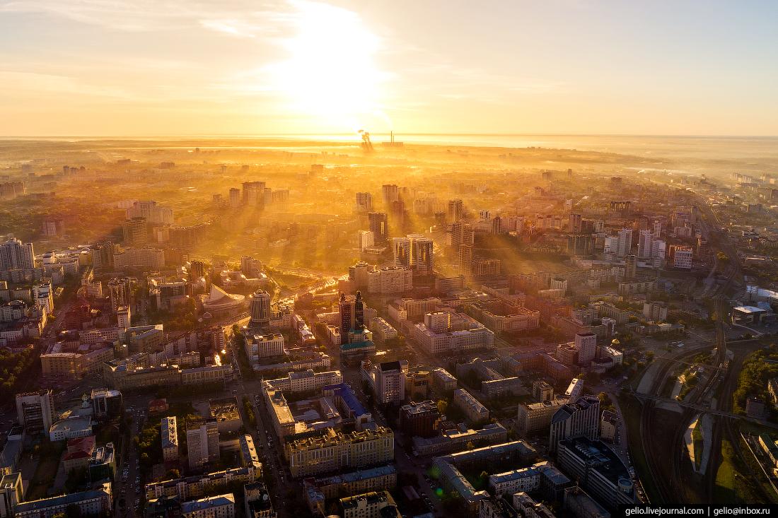 Новосибирск с высоты, рассвет, туман