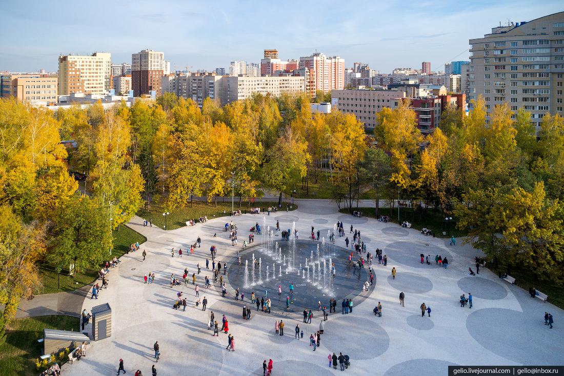 светомузыкальный фонтан в Центральном парке Фотографии Новосибирск с высоты