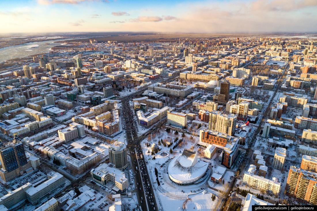 театр Глобус Зимний Новосибирск с высоты