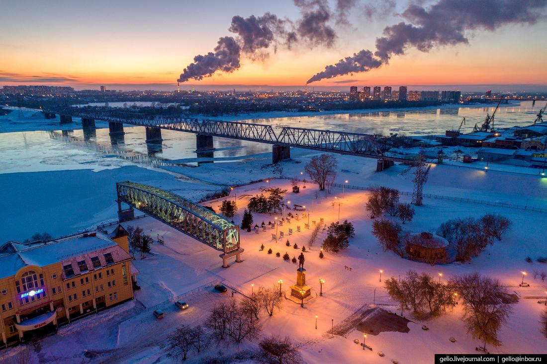 Парк Городское начало Зимний Новосибирск с высоты