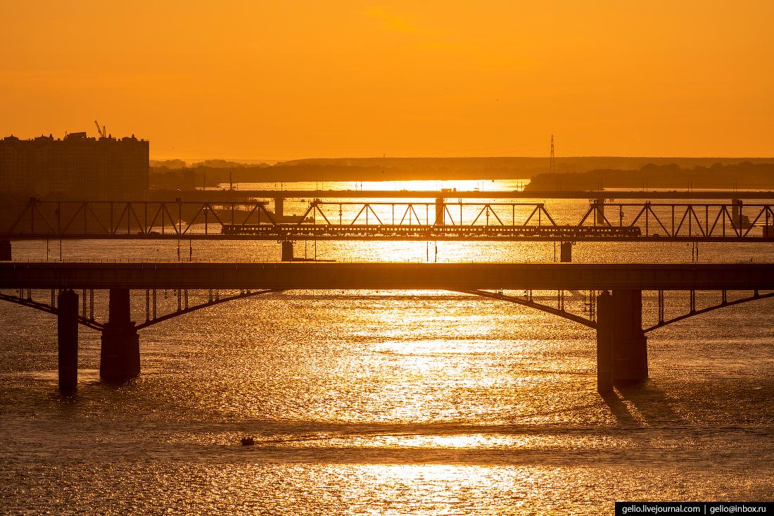 Новосибирск с высоты Мосты через Обь на закате