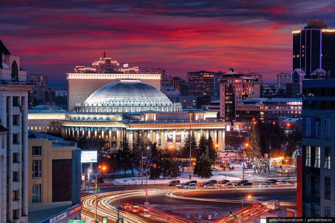 Зимний Новосибирск, оперный, вечерний город