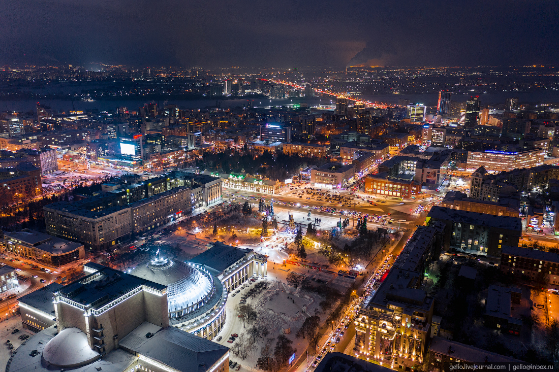 Зимний Новосибирск, вечерний город