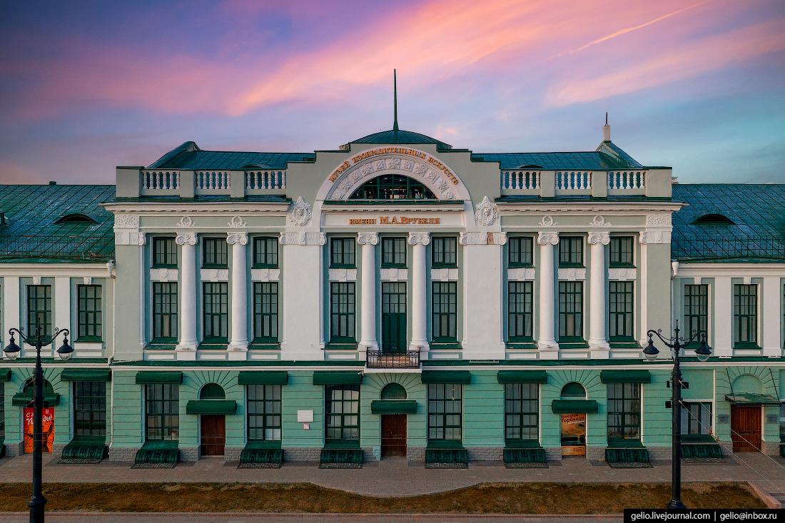 Фото Омска с высоты Музей Врубеля