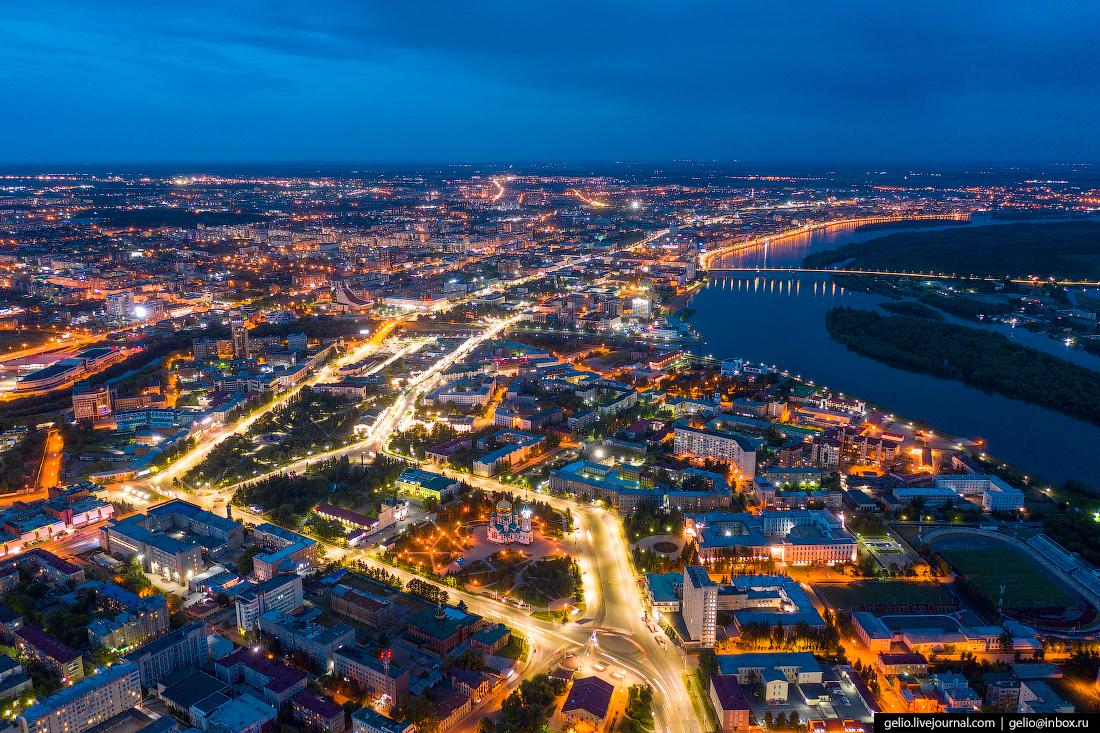 Фото Омска с высоты Соборная площадь