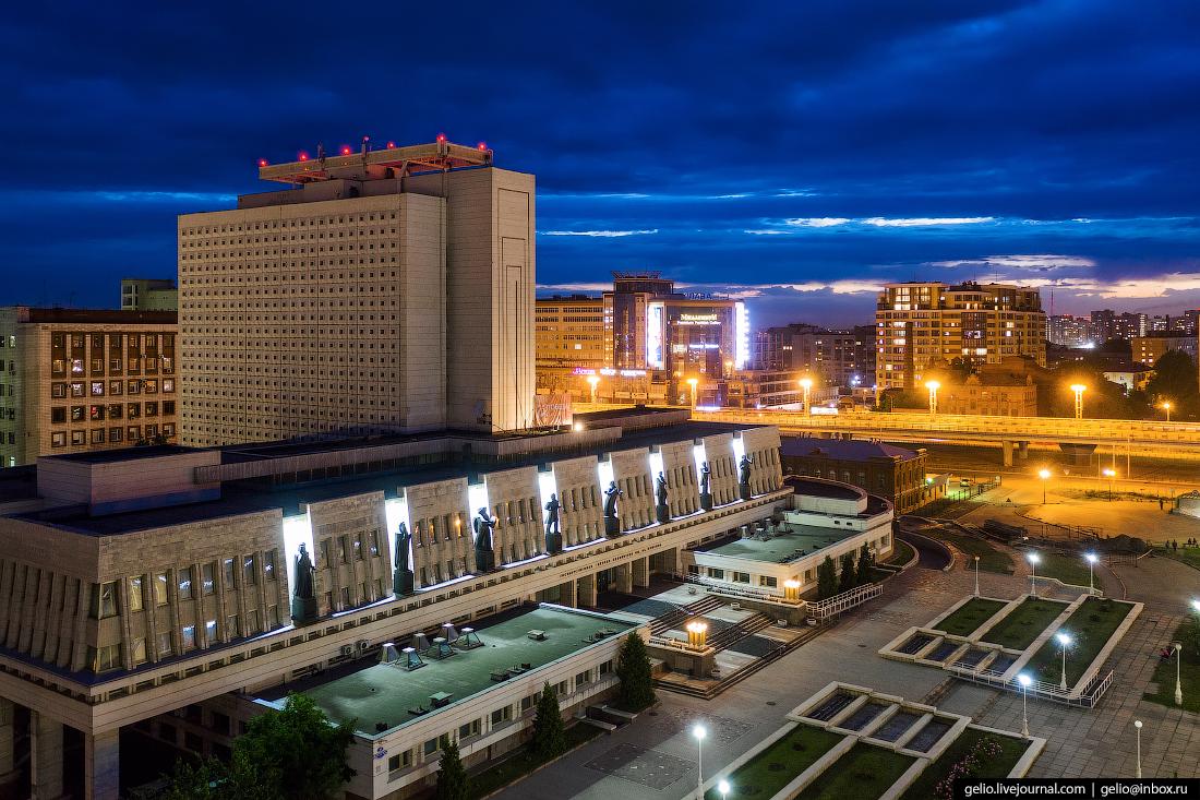 Фото Омска с высоты научная библиотека пушкина