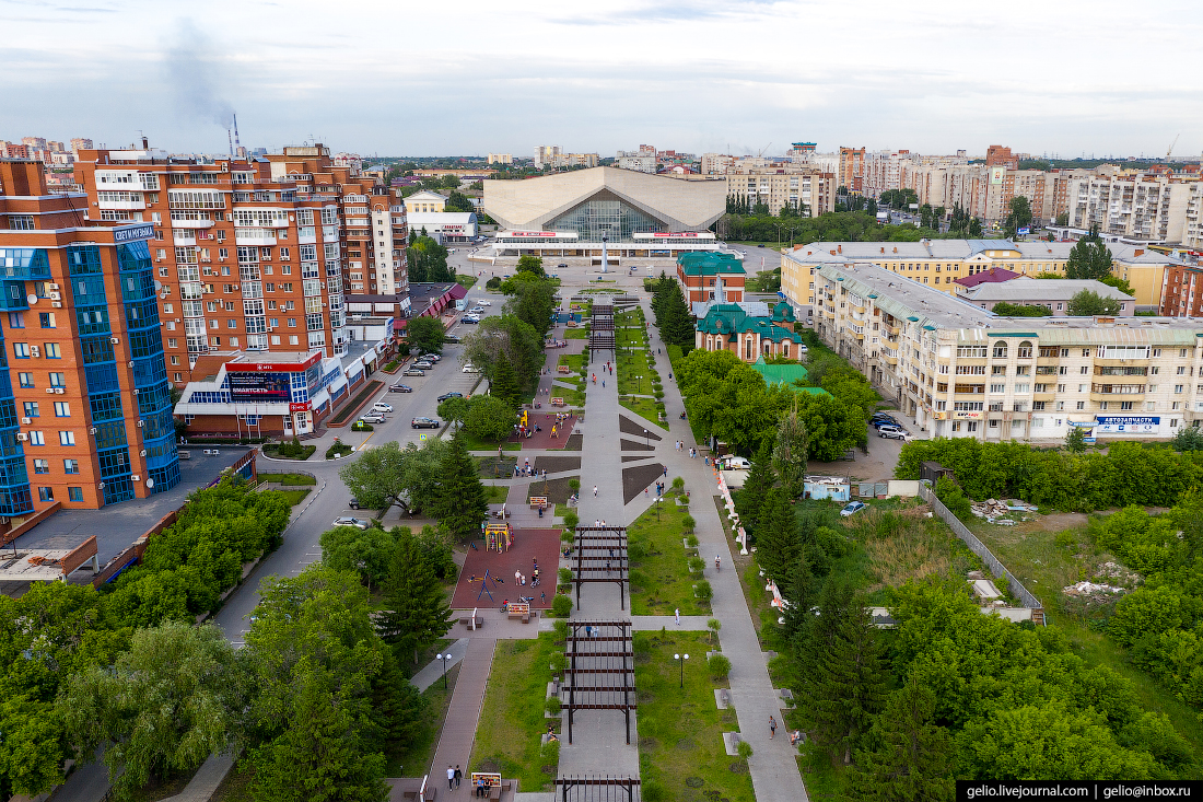 Фото Омска с высоты Бульвар Мартынова