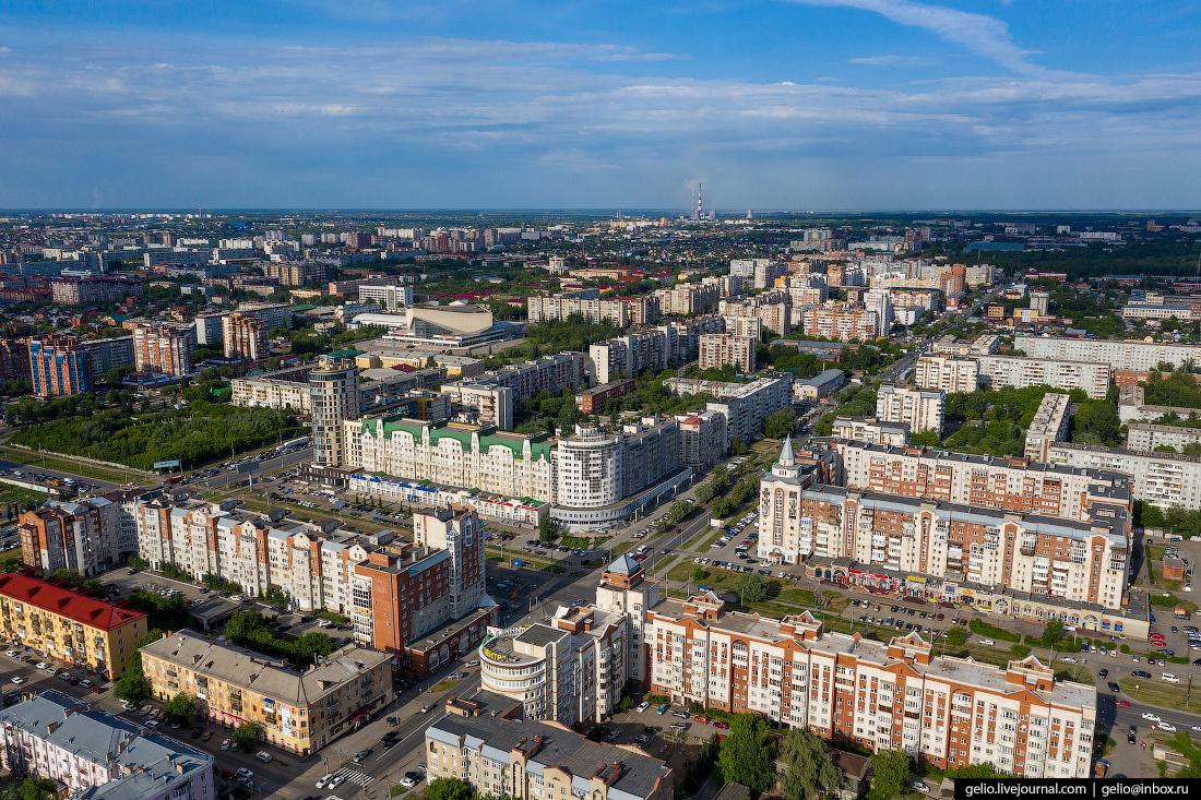 Фото Омска с высоты Маршала Жукова и Маяковского