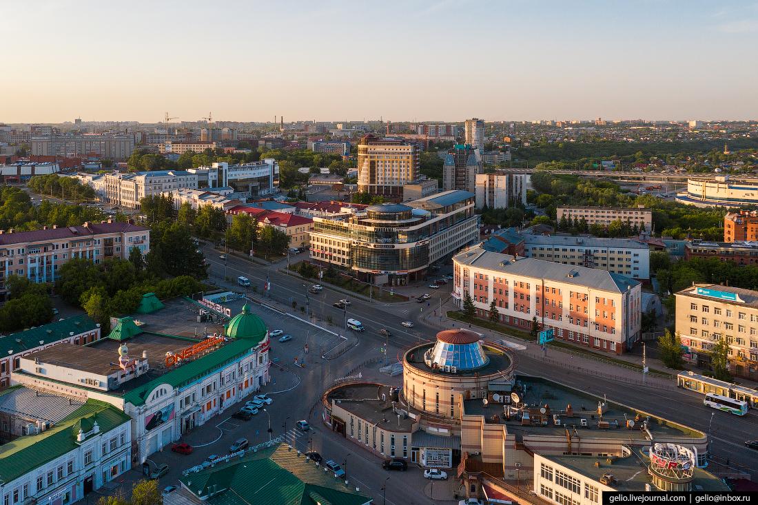 Фото Омска с высоты Улица Гагарина