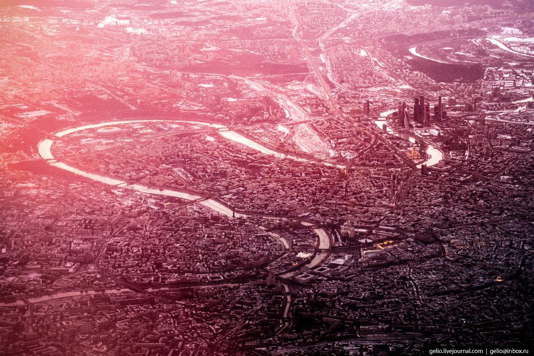 Центр Москвы из окна самолёта, из иллюминатора