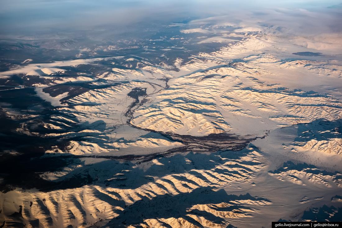 Граница России и Монголии из окна самолёта, из иллюминатора