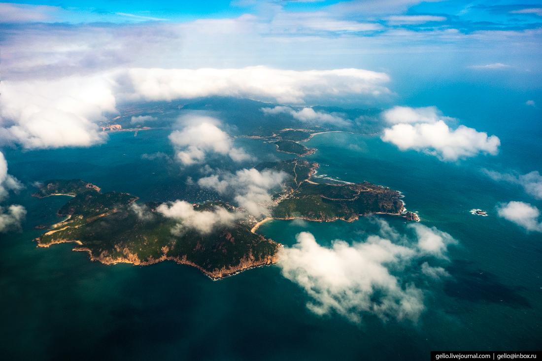 Вьетнам из окна самолёта, из иллюминатора