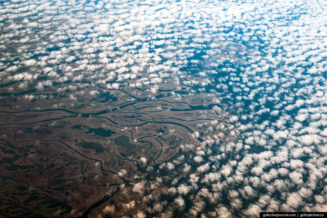 Фотографии из окна самолёта Устье реки Лена