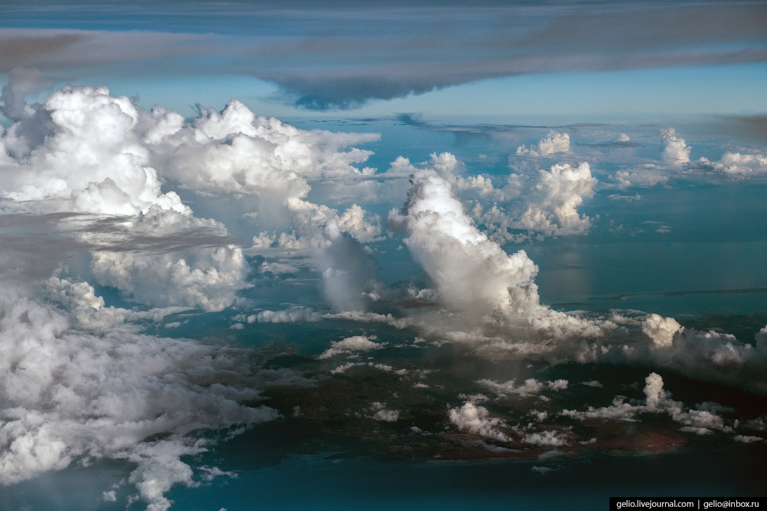 Фотографии из окна самолёта Небо над Занзибаром