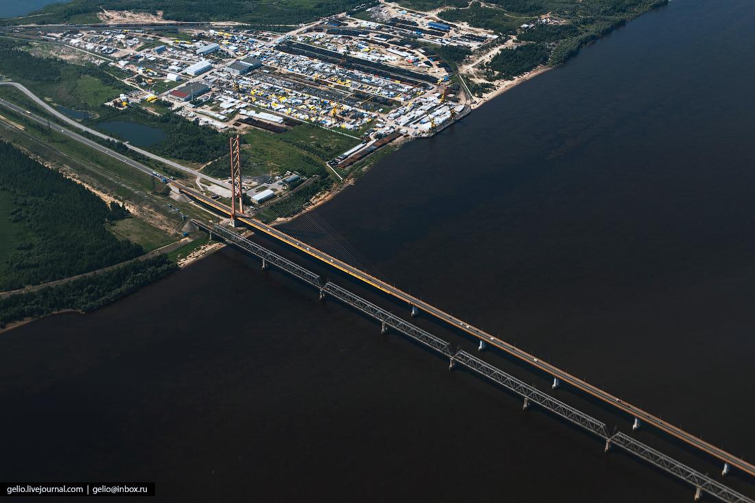 Фотографии из окна самолёта Югорский мост