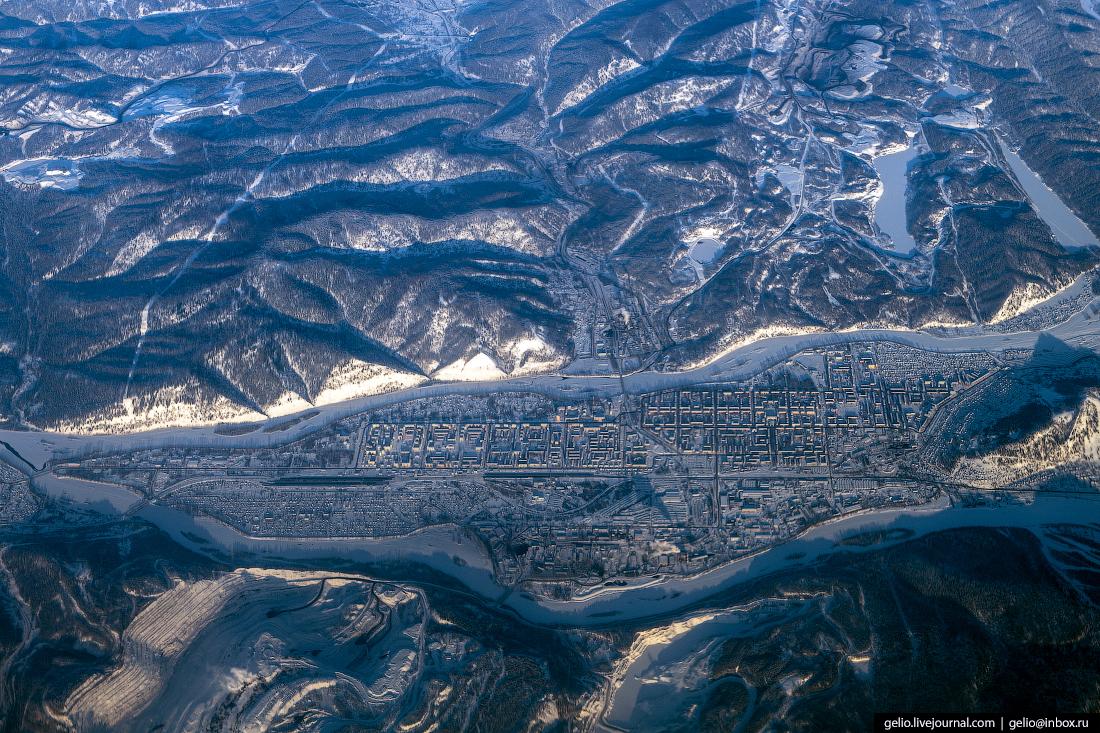 Фотографии из окна самолёта Междуреченск
