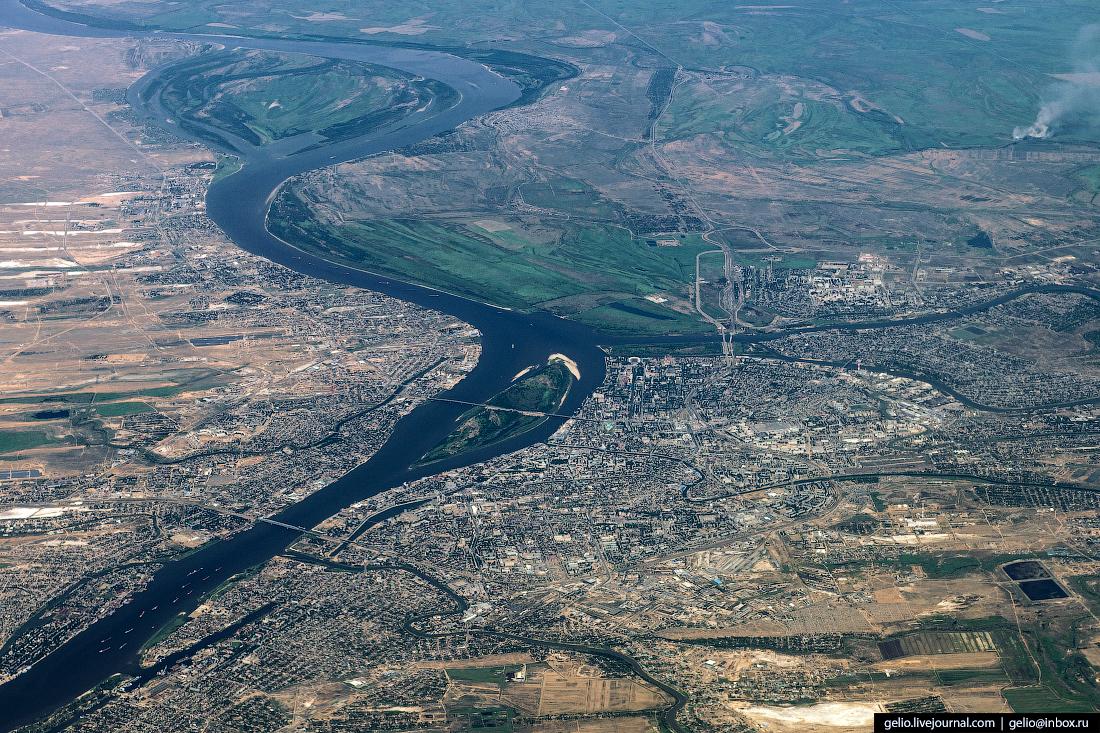 Фотографии из окна самолёта Астрахань