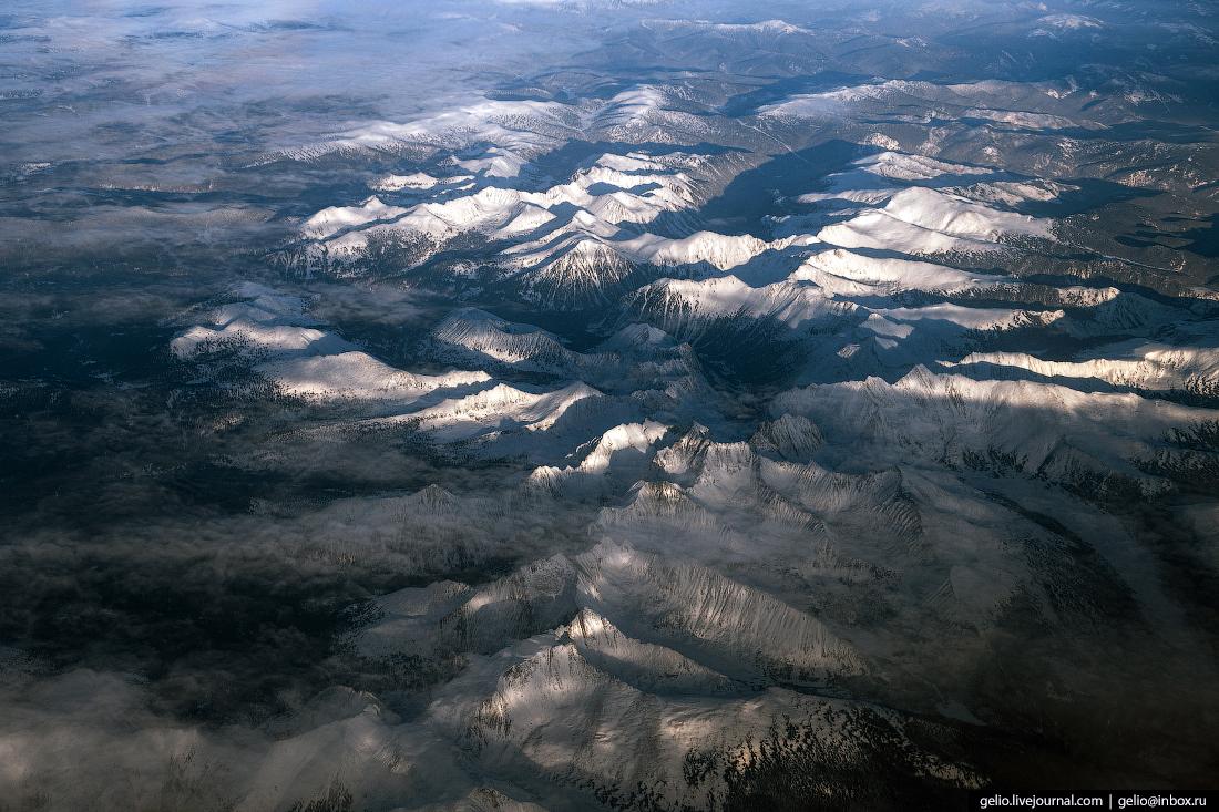 Фотографии из окна самолёта Ергаки