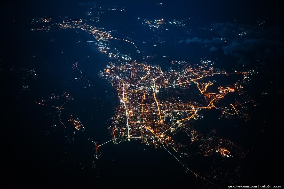 Фотографии из окна самолёта Ночной Томск