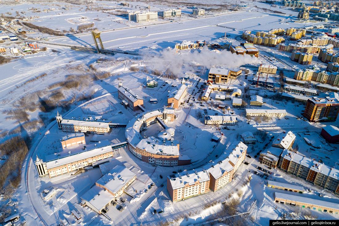 Салехард с высоты, Ямальский многопрофильный колледж