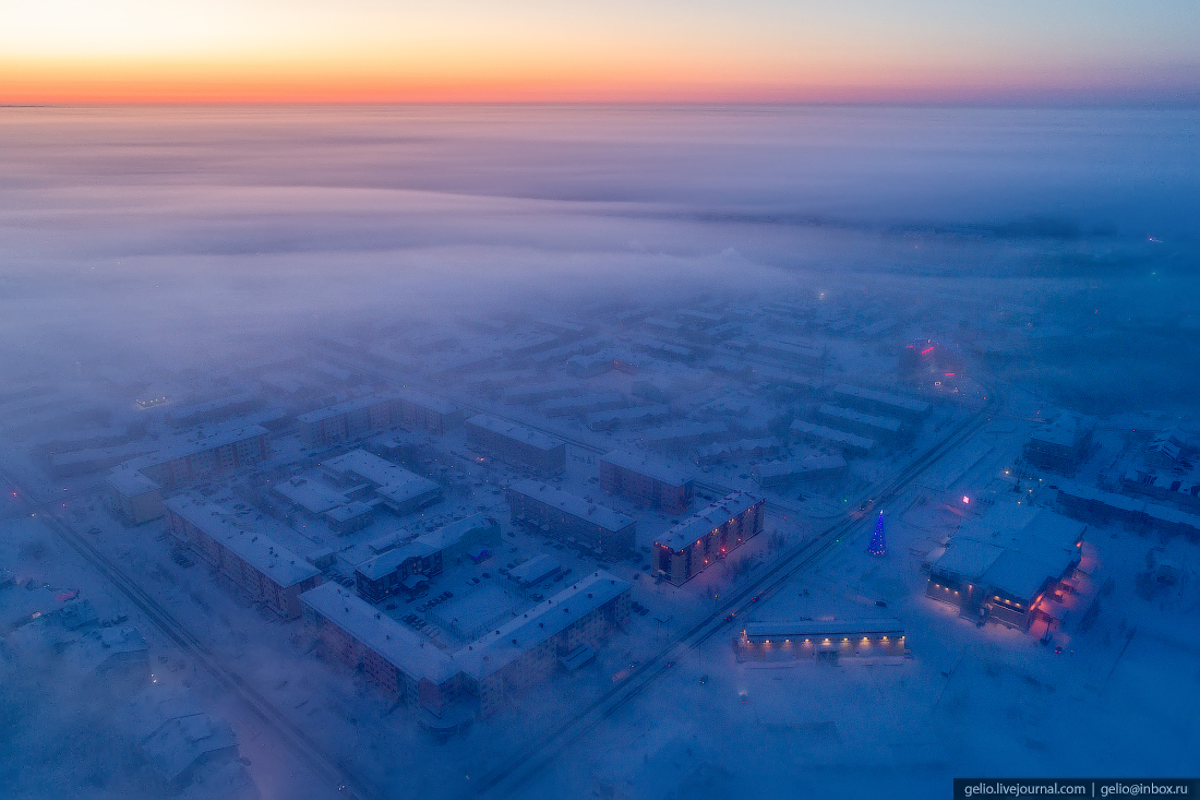 Салехард с высоты, Ямал, морозная дымка