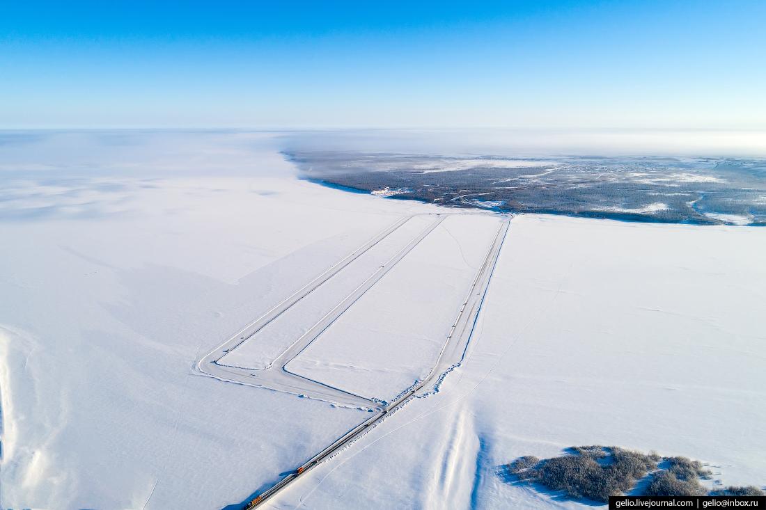 Салехард, Ямал, Ледовая переправа через Обь, зимник