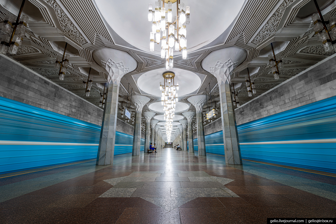Ташкентский метрополитен Мустакиллик Майдони