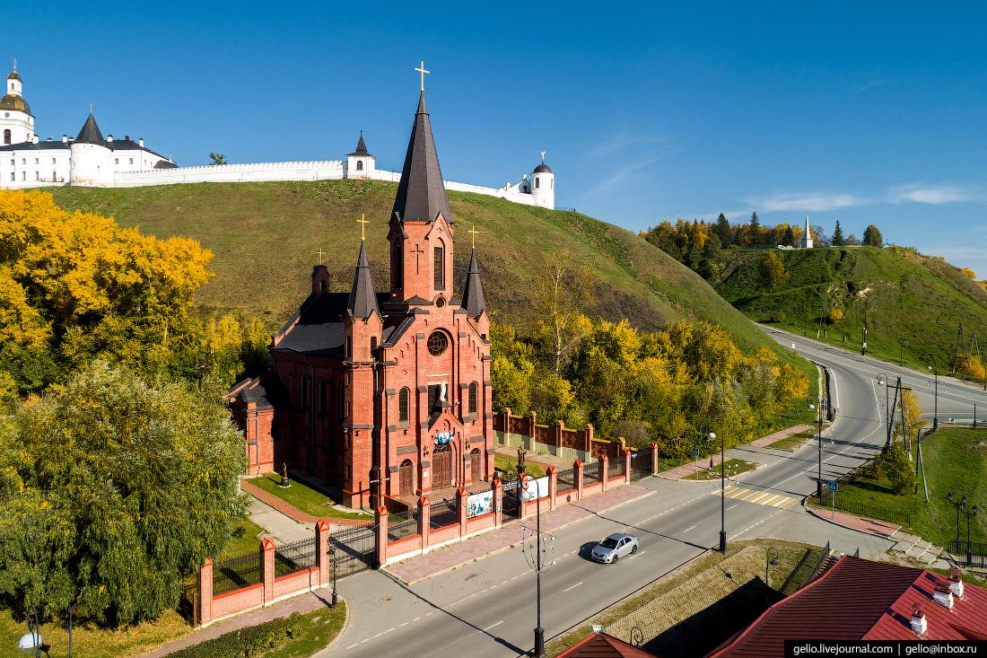 Фото Тобольск, Католическая церковь Пресвятой Троицы