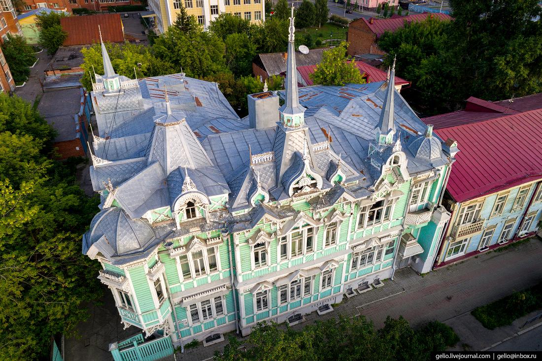 Томск с высоты Деревянный особняк