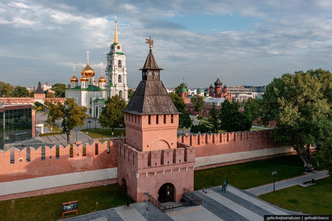тула с высоты, Башня Пятницких ворот, тульский кремль